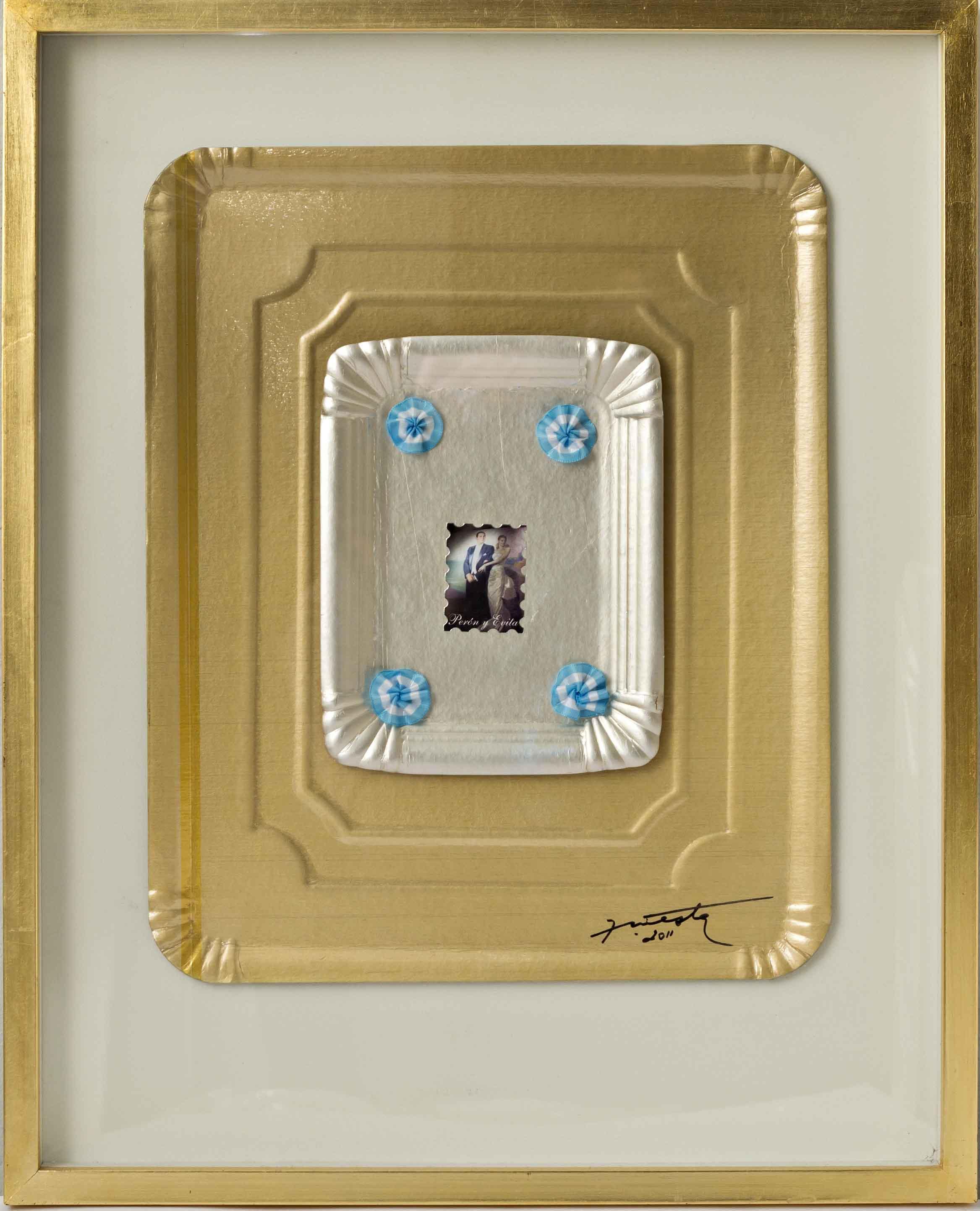 Evita por siempre, papel collage y objetos ensamblados sobre bandejas de cartón, 2012