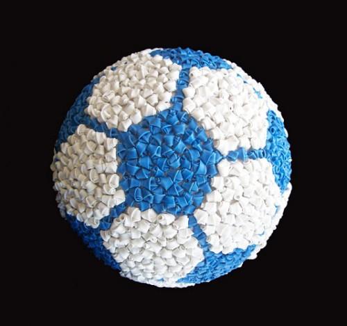 T y C pelota celeste y blanco III técnica mixta 2010