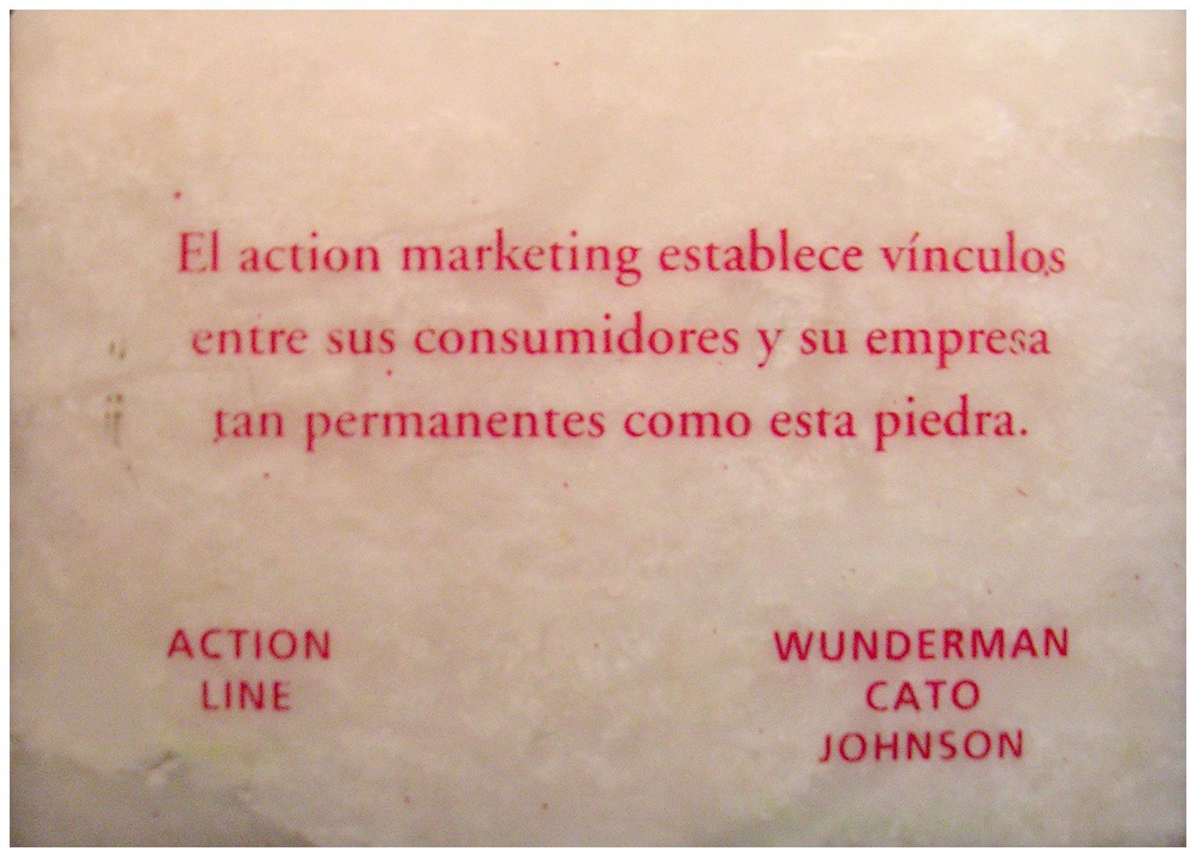 Wunderman Cato Johnson  mármol impreso 7 x 10 x 2cm_1995
