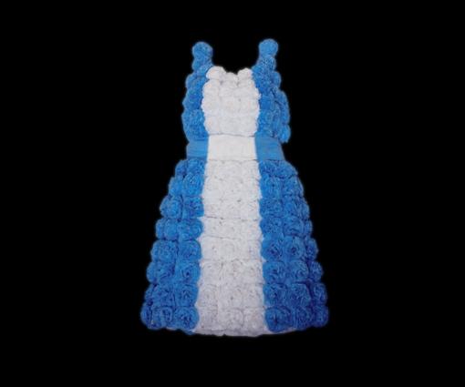 La Patria vestido de papel crepé, 2009