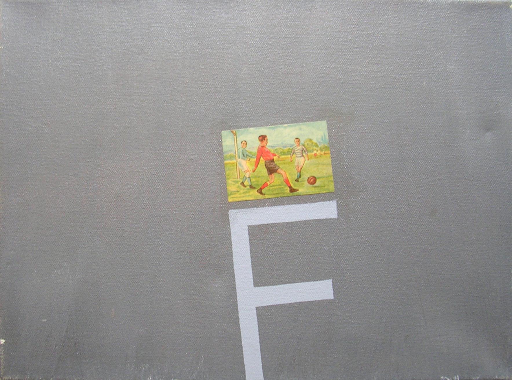 Abecedario F Fútbol; objetos ensamblados, tela, papel sobre bastidor, 30 cm x 40 cm, 2007