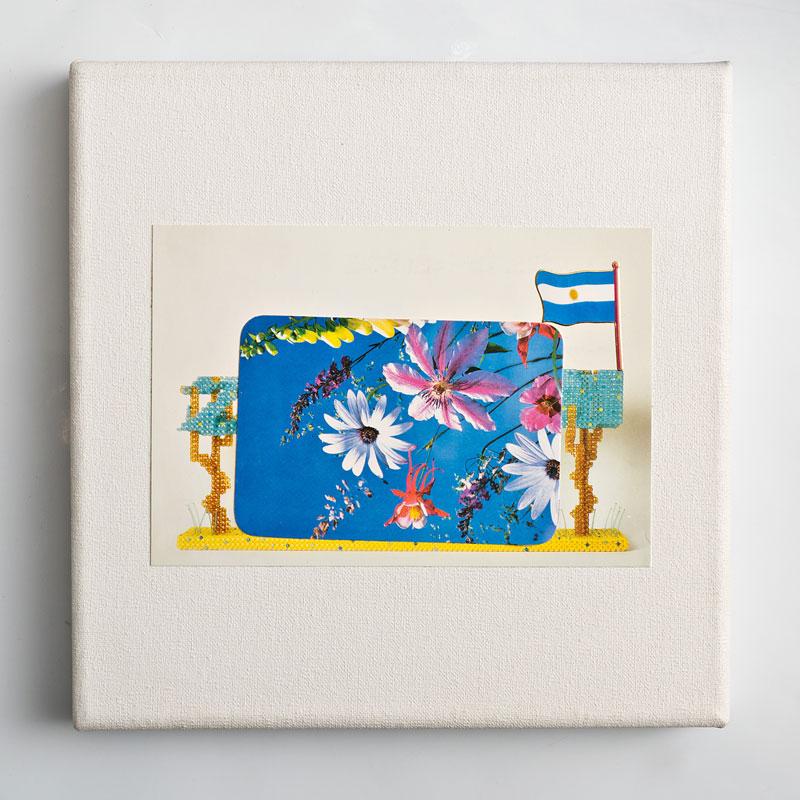Paisaje I, papel collage sobre tela, 20 x 20 cm, 2006.