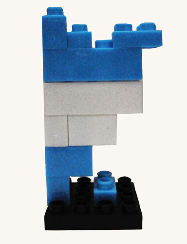 País, piezas Rasti,  7,5 x 4 x 3,5 cm, 2010.