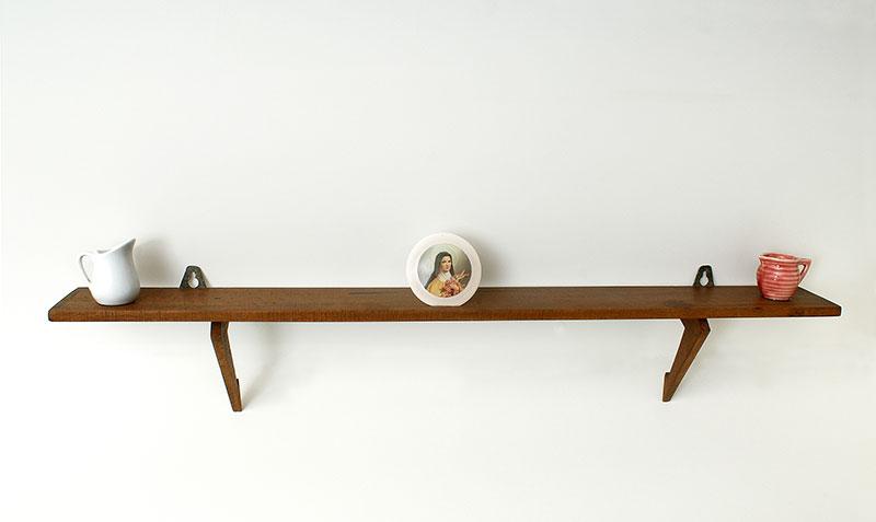 La generosidad, instalación, 31 cm x 79 cm x 13 cm, 2005