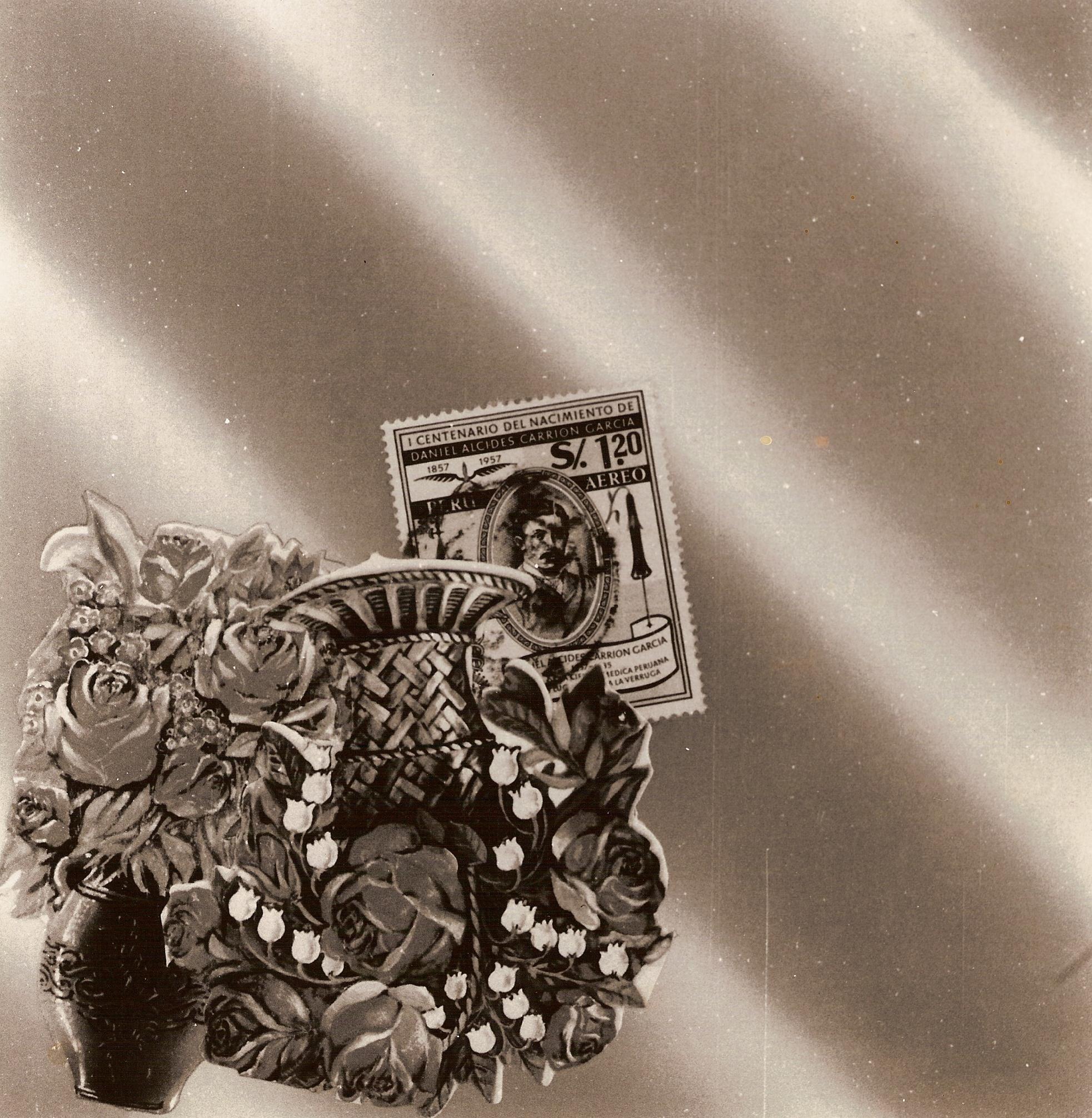 La historia,  papel collage, 15 cm x 15 cm, 1999