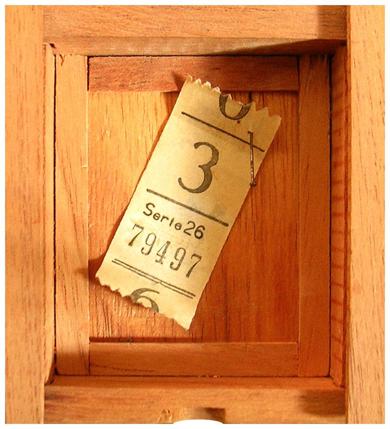 Cajas Capicúas, objetos ensamblados, 9,5 cm x 8,5 cm, 1982